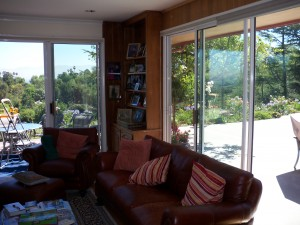 Retractable Screen Doors in Calabasas
