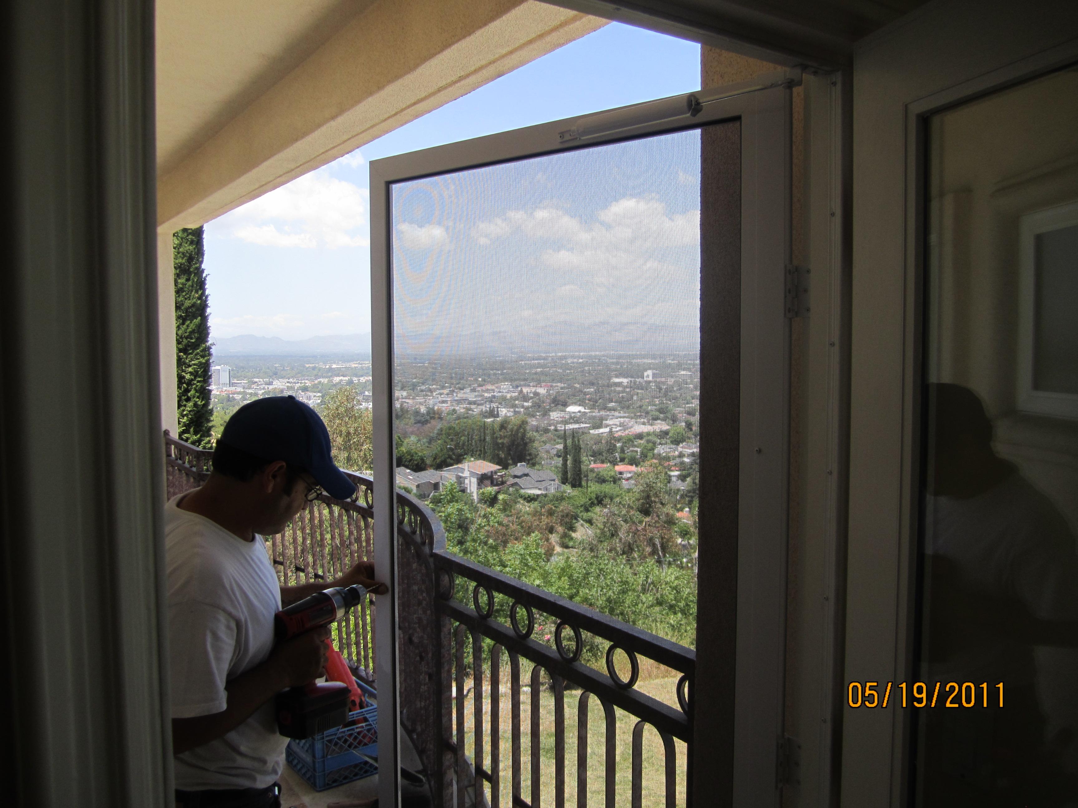 Installing Screen Doors in San Fernnado Valley |