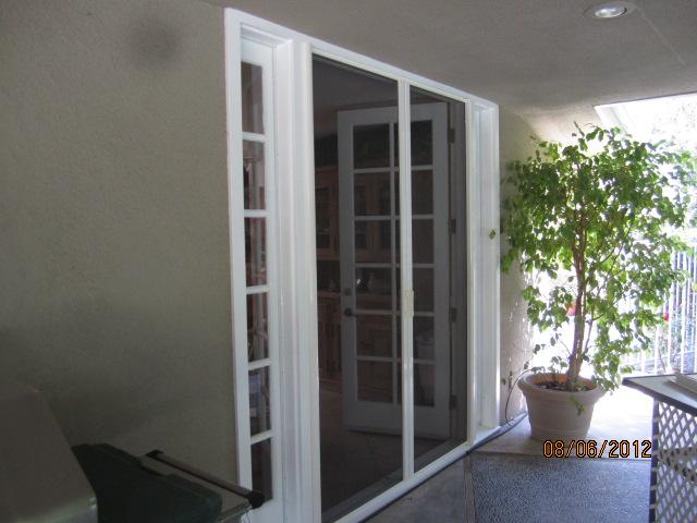 Lake Sherwood Retractable Screen Doors |