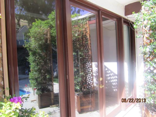 Northridge Rollaway Screnn Doors |