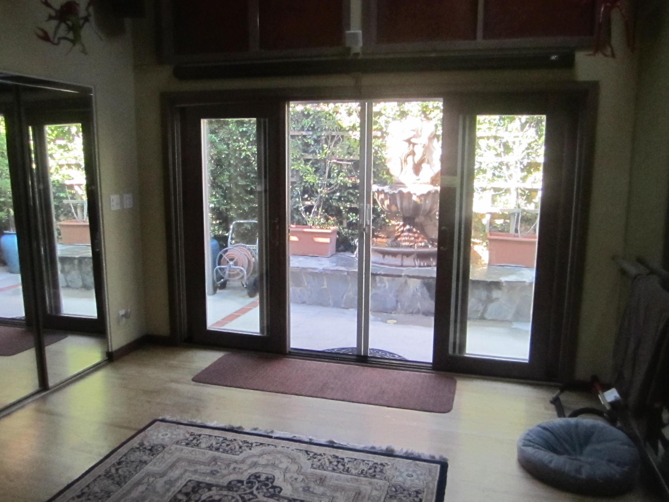 Van Nuys Retractable Screen Doors |