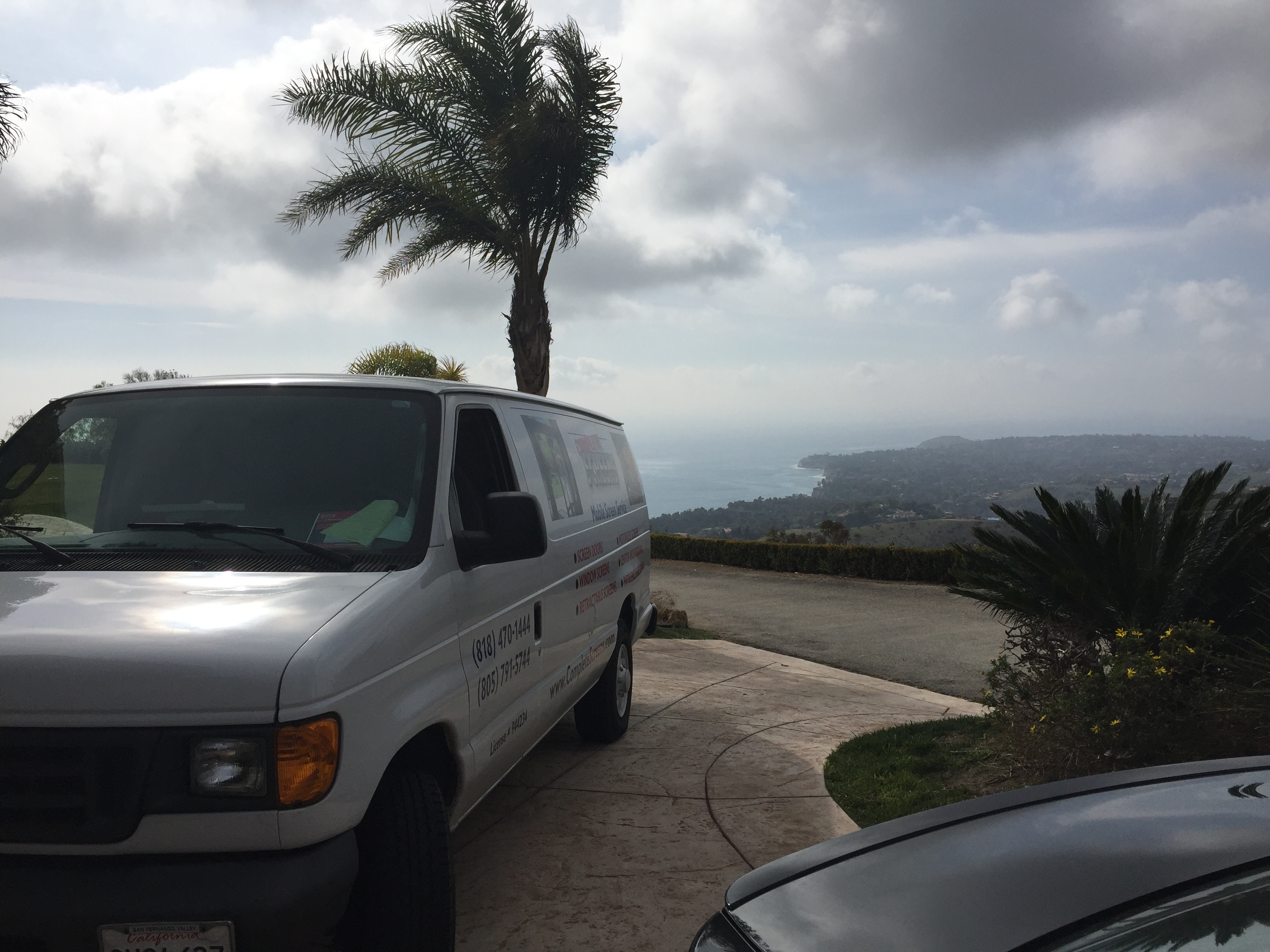 Mobile screen service in Malibu, CA. |