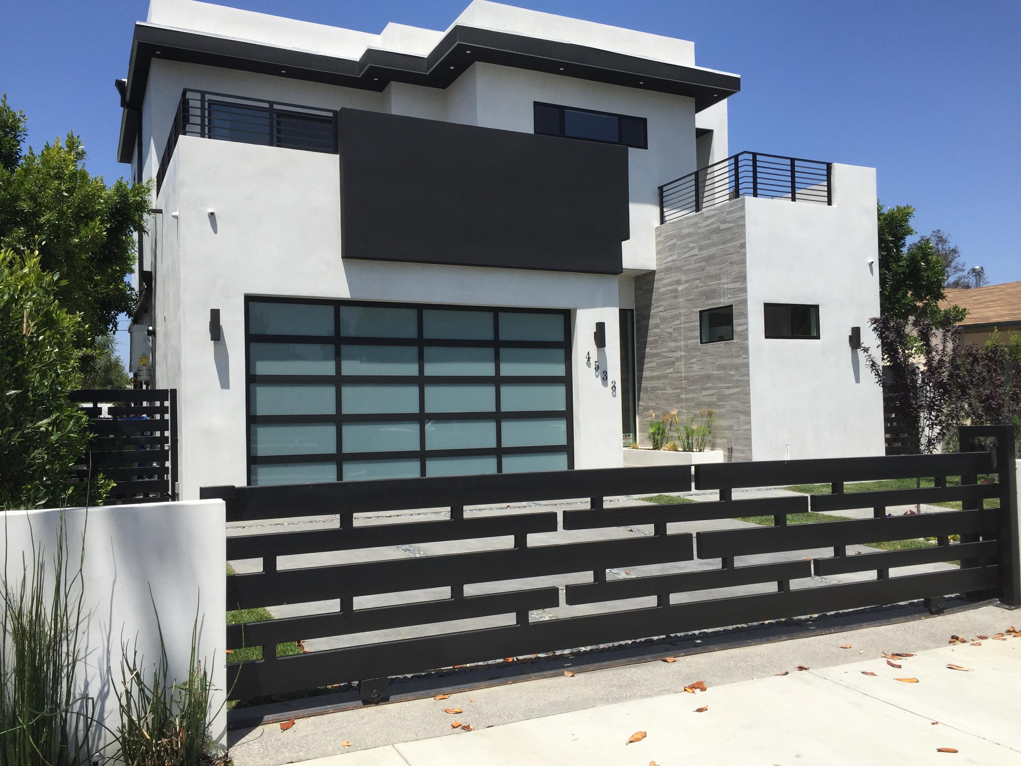 Sherman Oaks Installation extruded aluminum Bronze Screen Door in Living Room