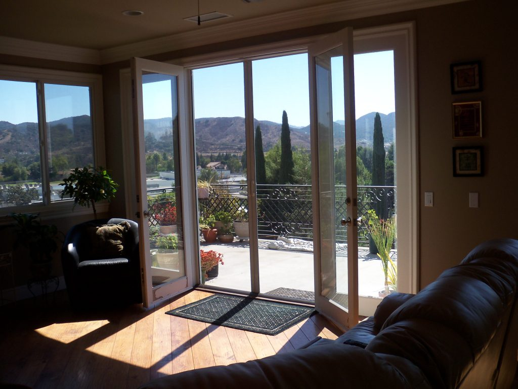 Sherman Oaks Retractable Screens